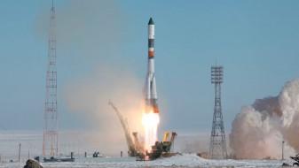 """(Видео) """"Сојуз"""" однесе 19 сателити во вселената"""