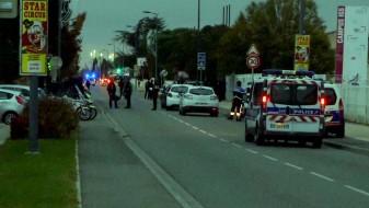 Напад со автомобил во Франција: Три лица потешко повредени