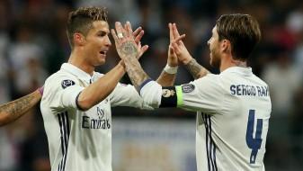 Марка: Врие во соблекувалната на Реал
