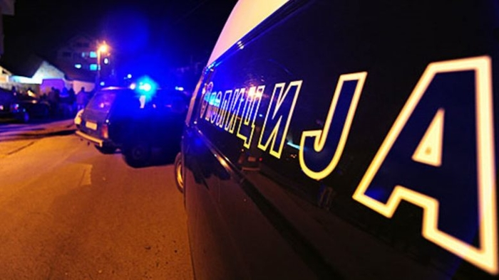 Кондовец со возило удрил во полицаец и побегнал, нападнати биле и полицајците што го пронашле