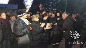 (Видео) Да се пуштат на слобода сите притворени, порача ВМРО-ДПМНЕ од протестот во Шуто Оризари