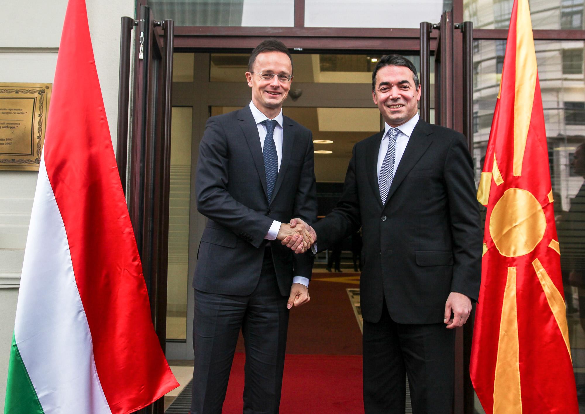 Димитров Сијарто  Унгарија останува силен поддржувач на Македонија