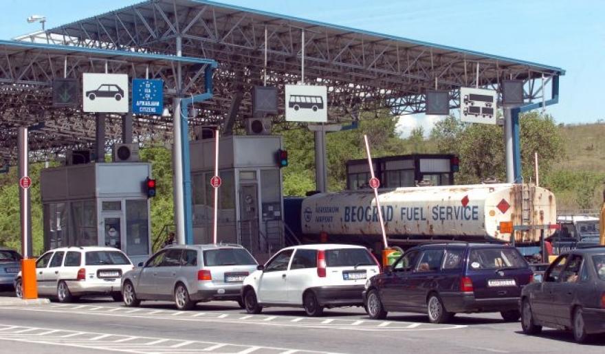 На граничните премини нема подолги задржувања за влез и за излез од државата