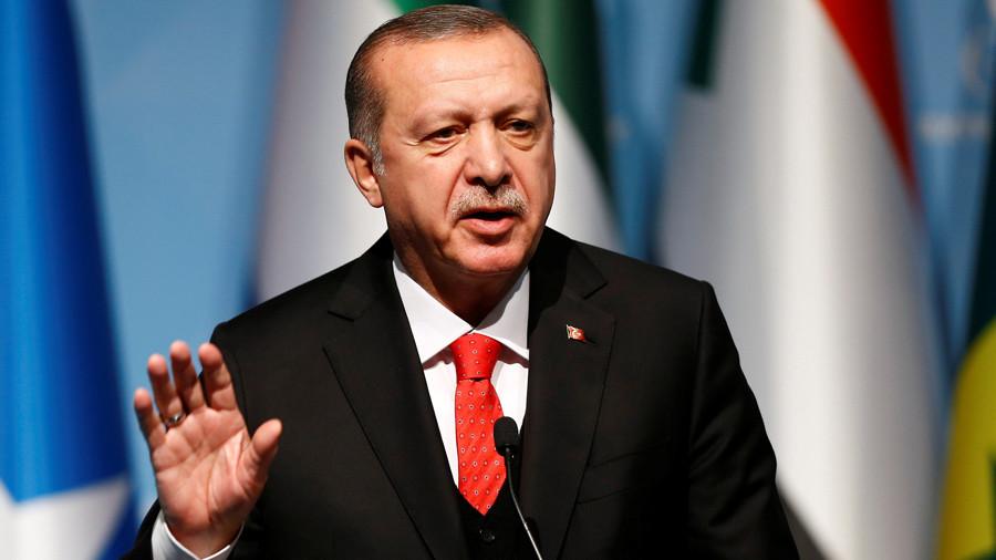 Екстремистите уапсени во Грција планирале да го убијат Ердоган