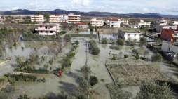 Сто илјади евра помош од Македонија за настраданите во поплавите во Албанија