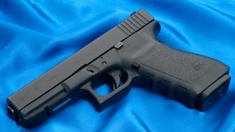 Непознат сторител украл пиштол на Клинички