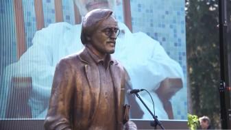 Повторно оксвернавен споменикот на Драган Николиќ