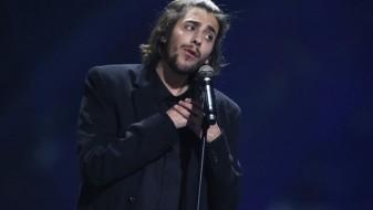 Победникот на Евровизија закрепнува по трансплантацијата на срце