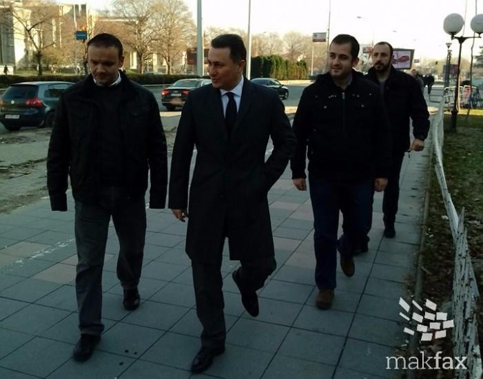 На Груевски за шлаканиците во Центар му се суди пред камери