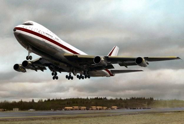 Крај на една ера   Џамбо џет  се простува од американските патници