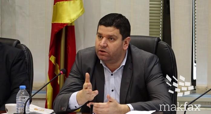 Претседателот и двајца членови на ДИК поднесоа оставки