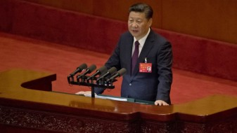 Си: Кина нема да ги затвори вратите на глобалниот интернет