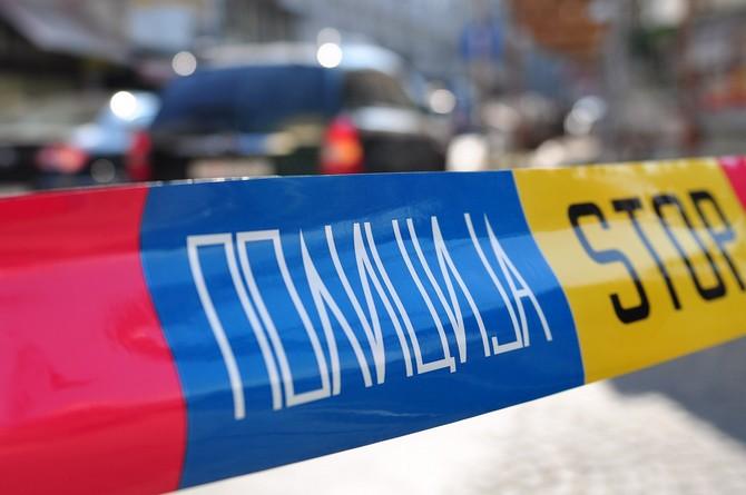 Напад со ладно оружје пред спортска обложувачница во Гостивар