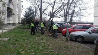 Продолжува акцијата за расчистување на сметот во општина Кисела Вода