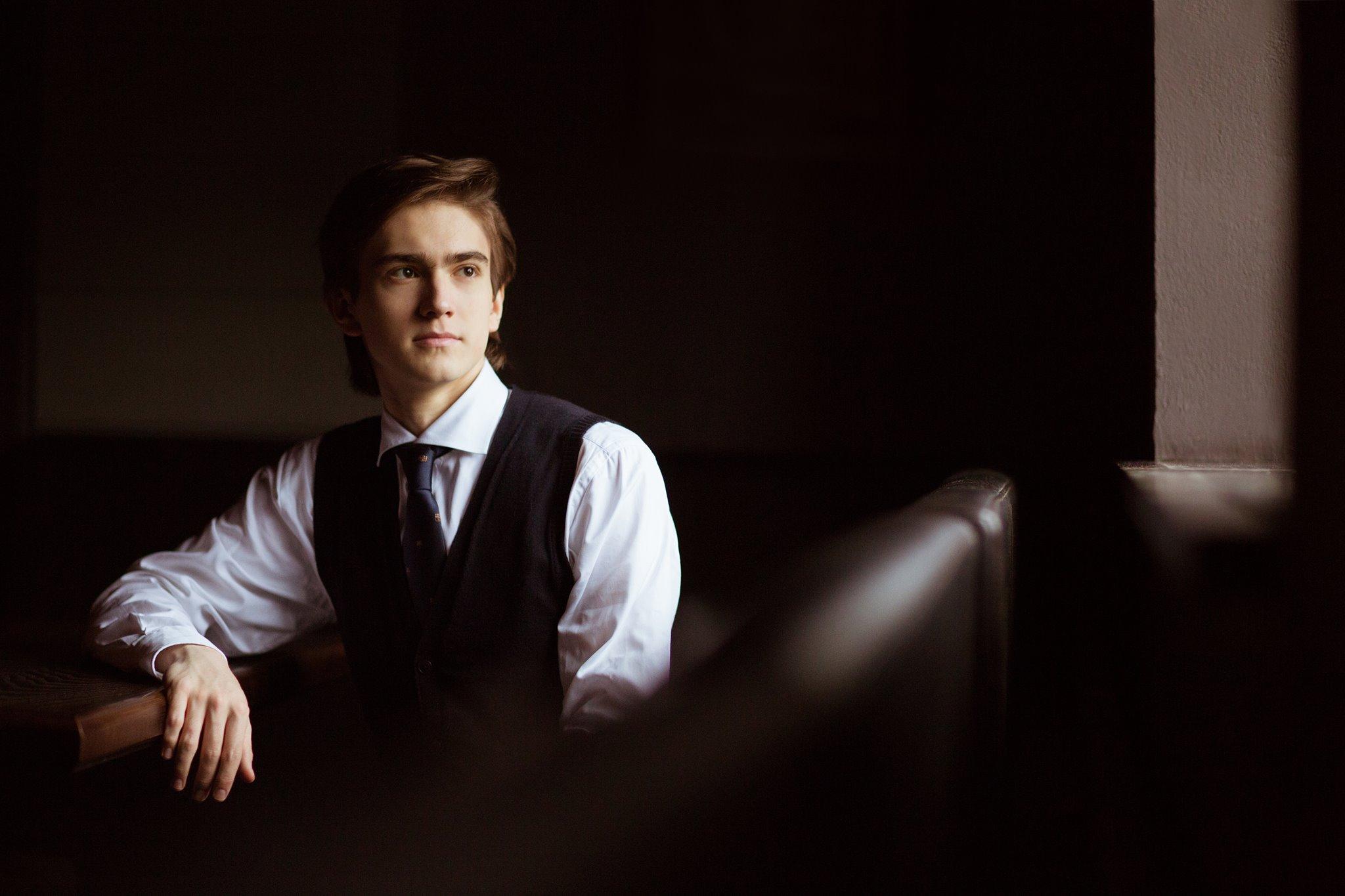 Чудото од дете   Даниел Харитонов  на заеднички концерт со Македонската филхармонија