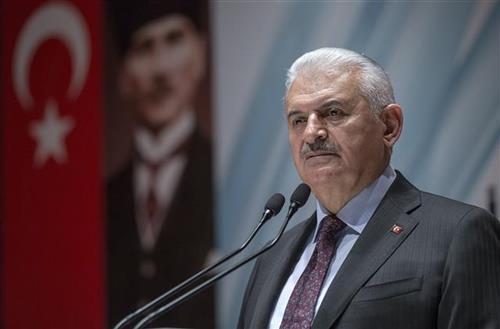 Турција најавува напад со копнени сили во Сирија