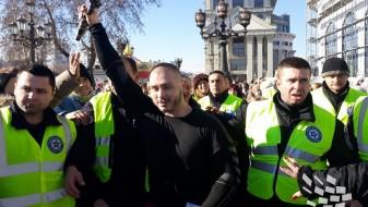 Даниел Дончевски од Ченто по петти пат го фати крстот во Скопје