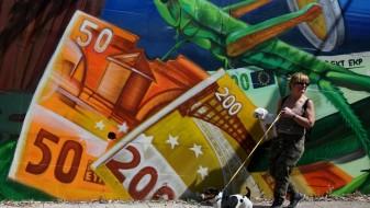 """""""Стандард енд Пурс"""" го зголеми кредитниот рејтинг на Грција"""