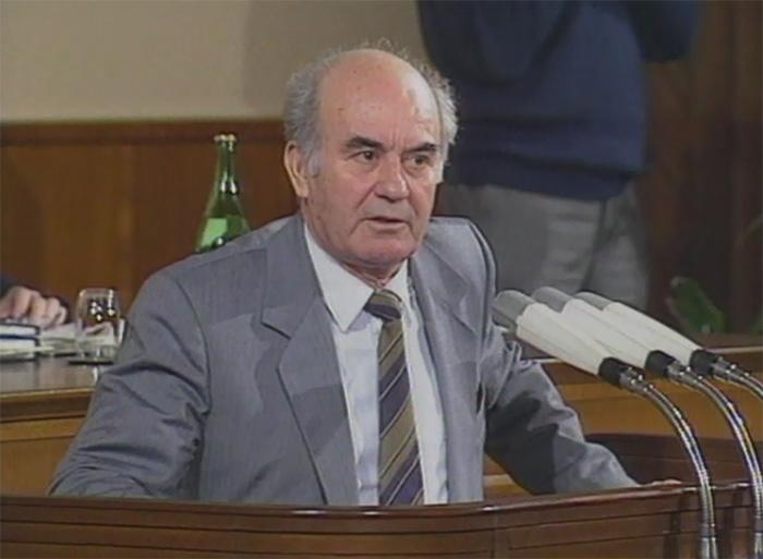 Десет години од смртта на првиот премиер на независна Македонија