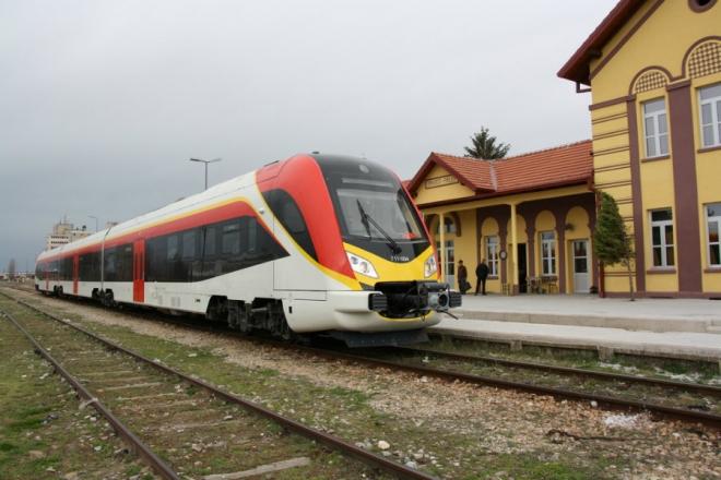 Експресна железничка линија меѓу Гевгелија и Солун само за викендите