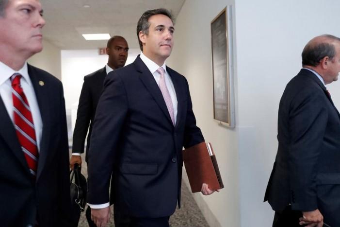 Адвокатот на Трамп потврди дека од свои пари ѝ платил на порноактерката