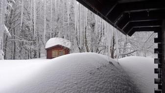 (Видео) Хрватска затрупана во снег