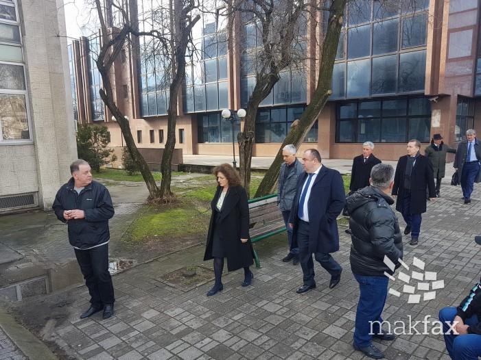 Адвокатот на Груевски немал записник, бара да се одложи судењето