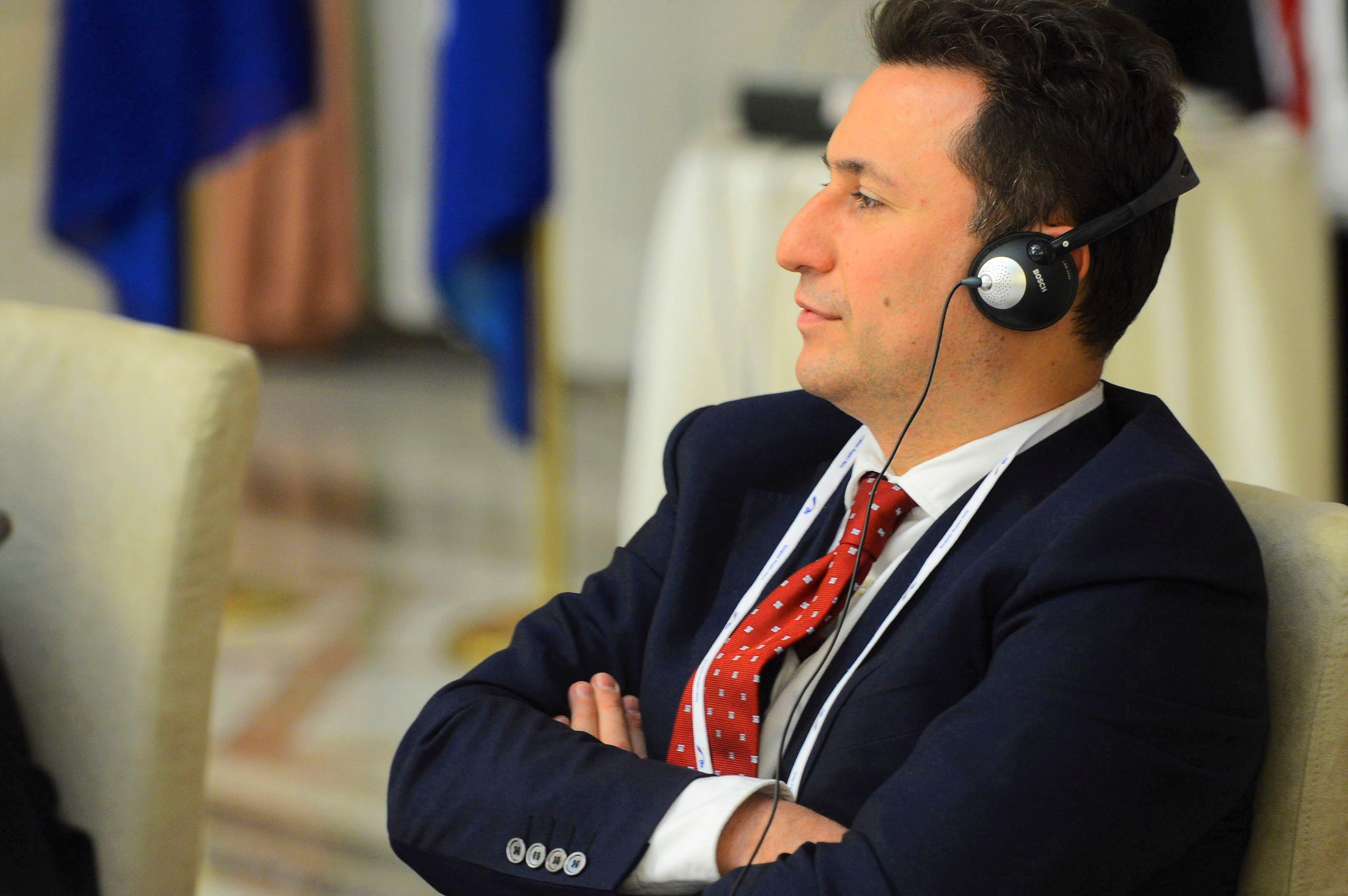 Груевски утре наместо на судење  ќе може да ги слуша бомбите за уривањето на Космос во судот