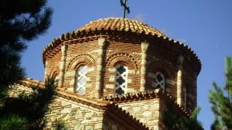 Тројца тинејџери ограбувале цркви во Тетовско