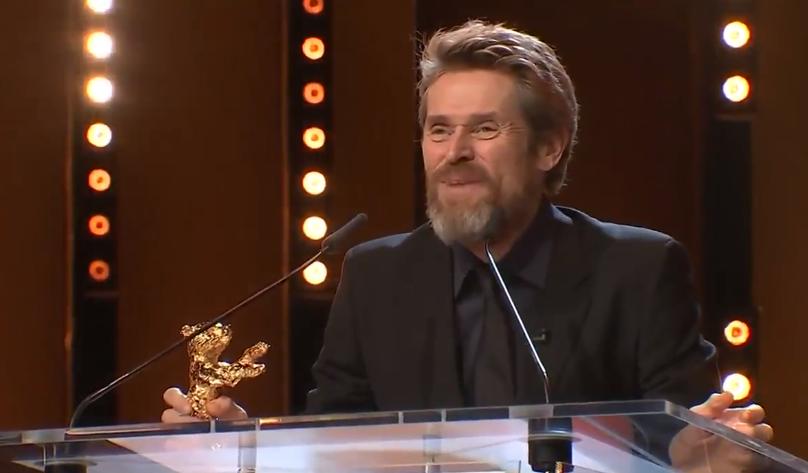 Вилијам Дефо награден со  Златна мечка  за животно дело на 68  Берлинале