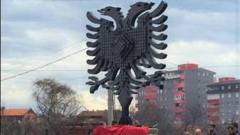 Шилегов да го отстрани двоглавиот орел во Чаир, бара Ванчо Шехтански