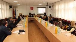 Компаниите од Гази Баба запознаени со можноста за заеднички проекти со јавниот сектор