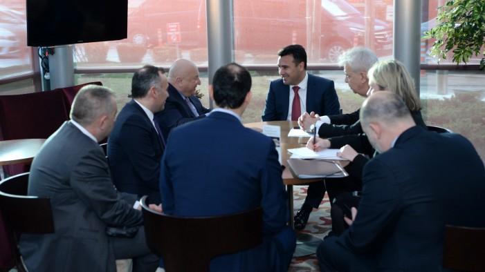 Заев во Турција се сретна со раководството на ТАВ: Утврдени приоритетите за инвестиција од 45 милиони евра