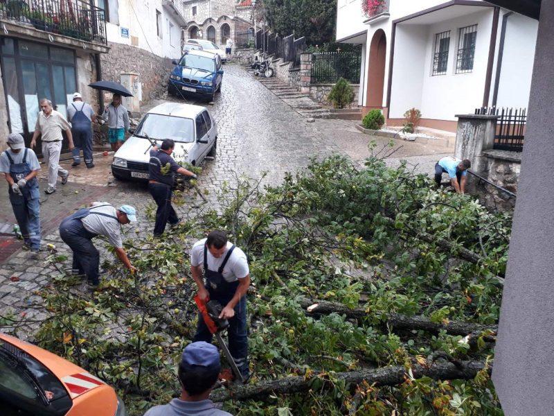 Општина Охрид апелира до граѓаните да пријават штети по невремето