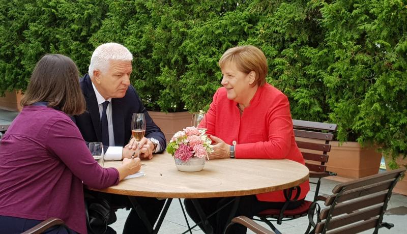 Меркел-Марковиќ: Германија и Црна Гора се согласни да нема промена на границите на Балканот