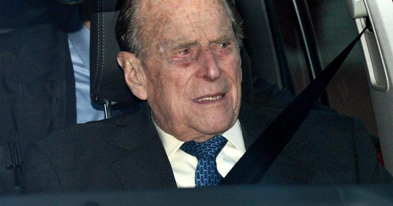 Британците го молат принцот Филип да ја врати возачката дозвола