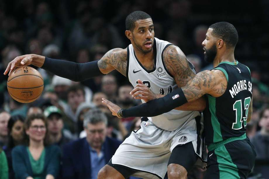 НБА: Олдриџ ги растури Бостон Селтикс (Видео)