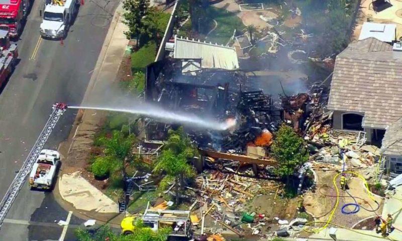 (Видео) Во Калифорнија експлодира куќа, има и жртви