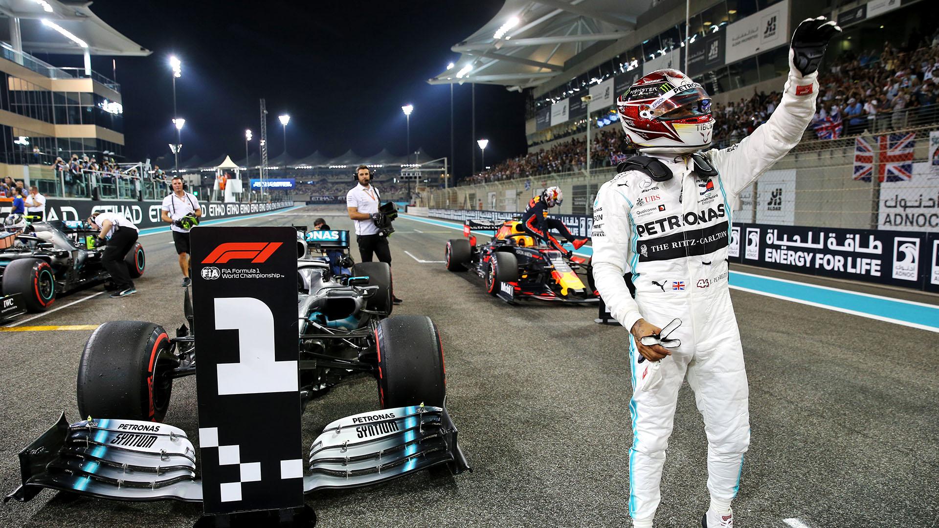 Ф1: Шампионско возење на Хамилтон во Абу Даби