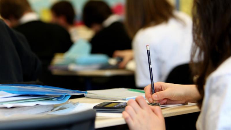 Владата даде согласност – во 169 училишта може да има настава со физичко присуство