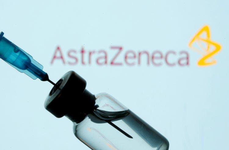 Уште една компанија ја намалува испораката на вакцина за ЕУ